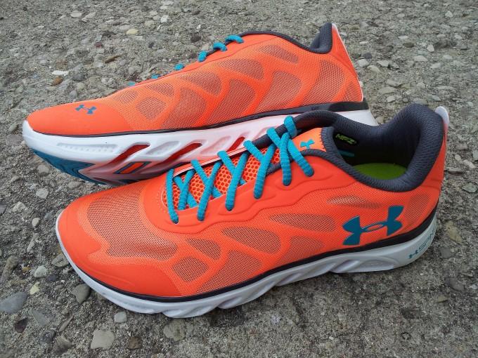 Extraordinary Under Armour Spine Evo Running Shoes | Fascinating Under Armour Spine Venom Inspirations