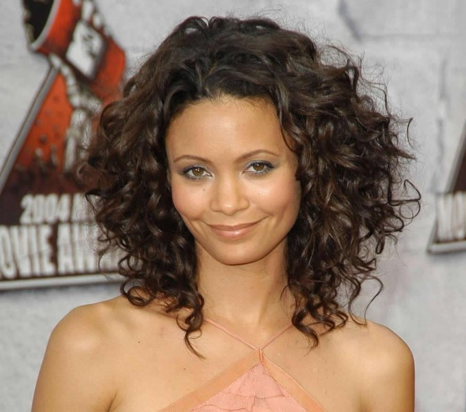 How To Cut Layers In Curly Hair   Medium Hairstyles With Layers   Layered Curly Hair