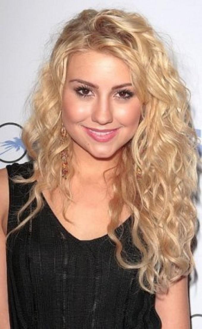 Layered Curly Hair | Short Hair For Curly Hair | Medium Haircut With Layers