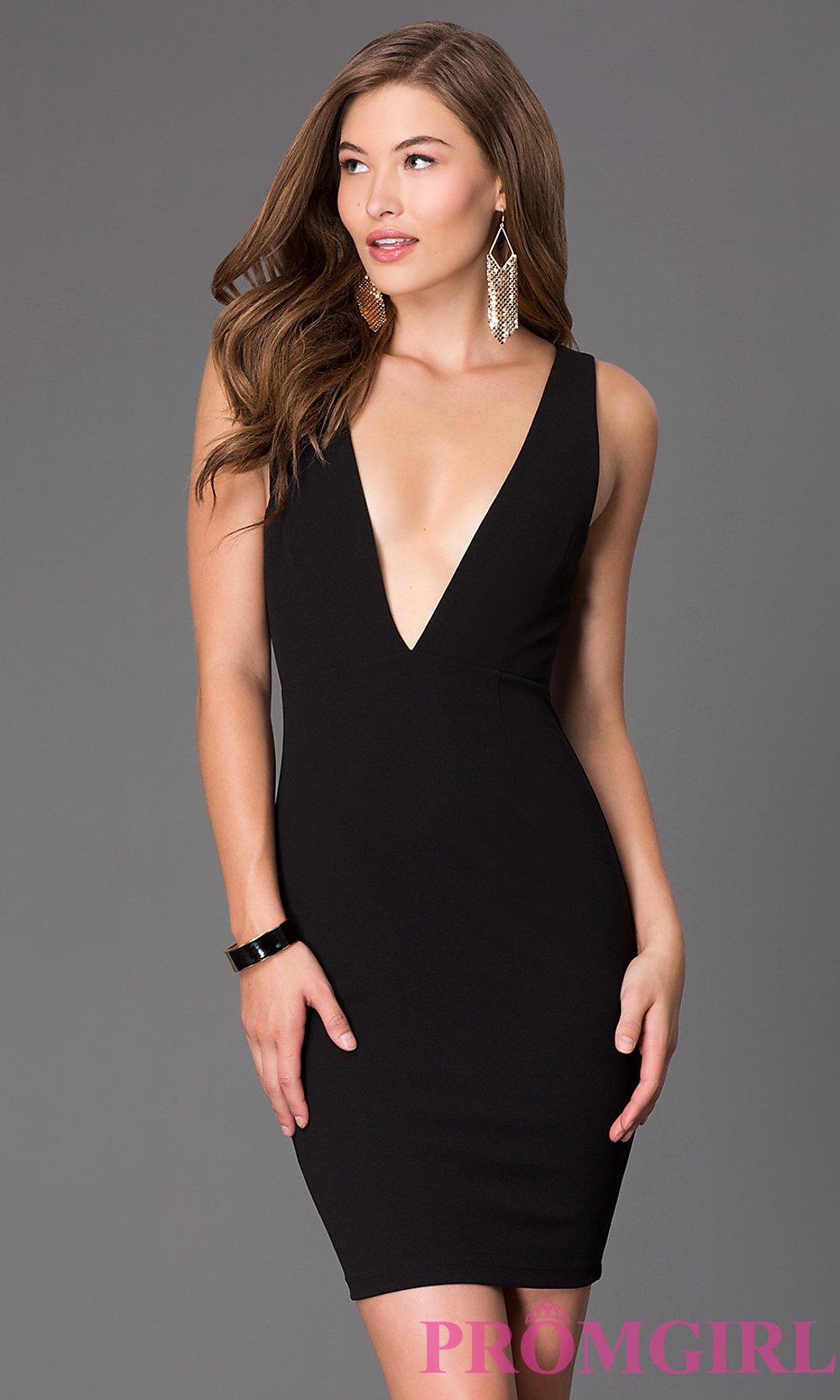 Plunging Neckline Maxi Dress | Plunging Neckline Wedding Gowns | Plunging Neckline Dress