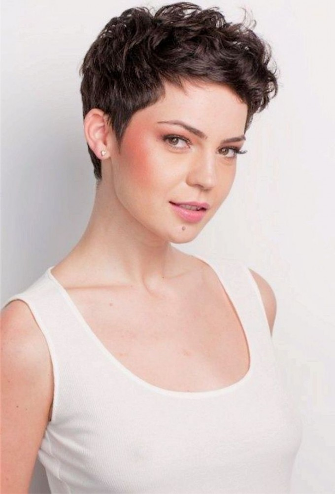 Short Layered Hair Cuts | Curly Short Haircuts | Short Wavy Hair