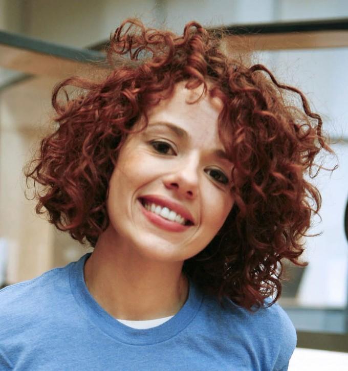 Short Wavy Hair | Short Wavy Hair Styles | Medium Wavy Haircuts