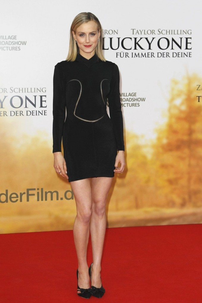 Taylor Schilling | Sammy Dress Reviews | Tb Dress