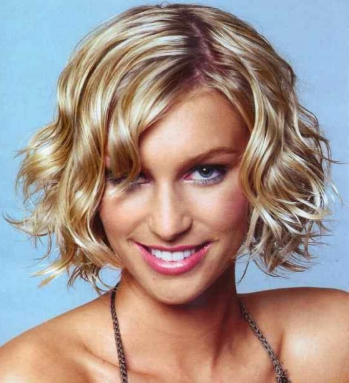 Wet And Wavy Short Hair | Short Wavy Hair | Wavy Hair Cuts